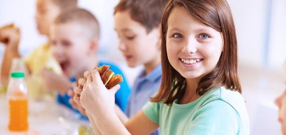 kids_school_lunch_570