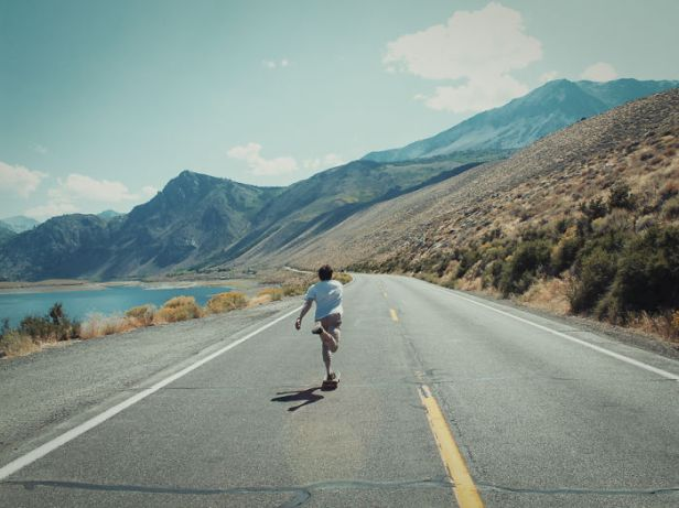 i-use-my-skateboard-and-camera-to-capture-the-spirit-of-the-american-west-coast-18__700