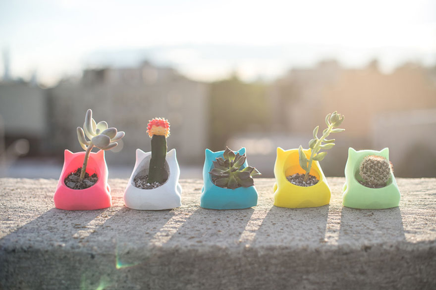 pokemon-bulbasaur-3d-printed-planter-printaworld-2
